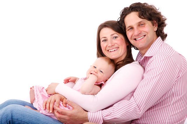 Dodatki dziecięce dla matki oraz taty